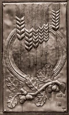 St.Francis Door Detail.3BW.jpg