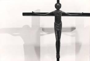52 - Crucifix 1958 (Bronze).jpg